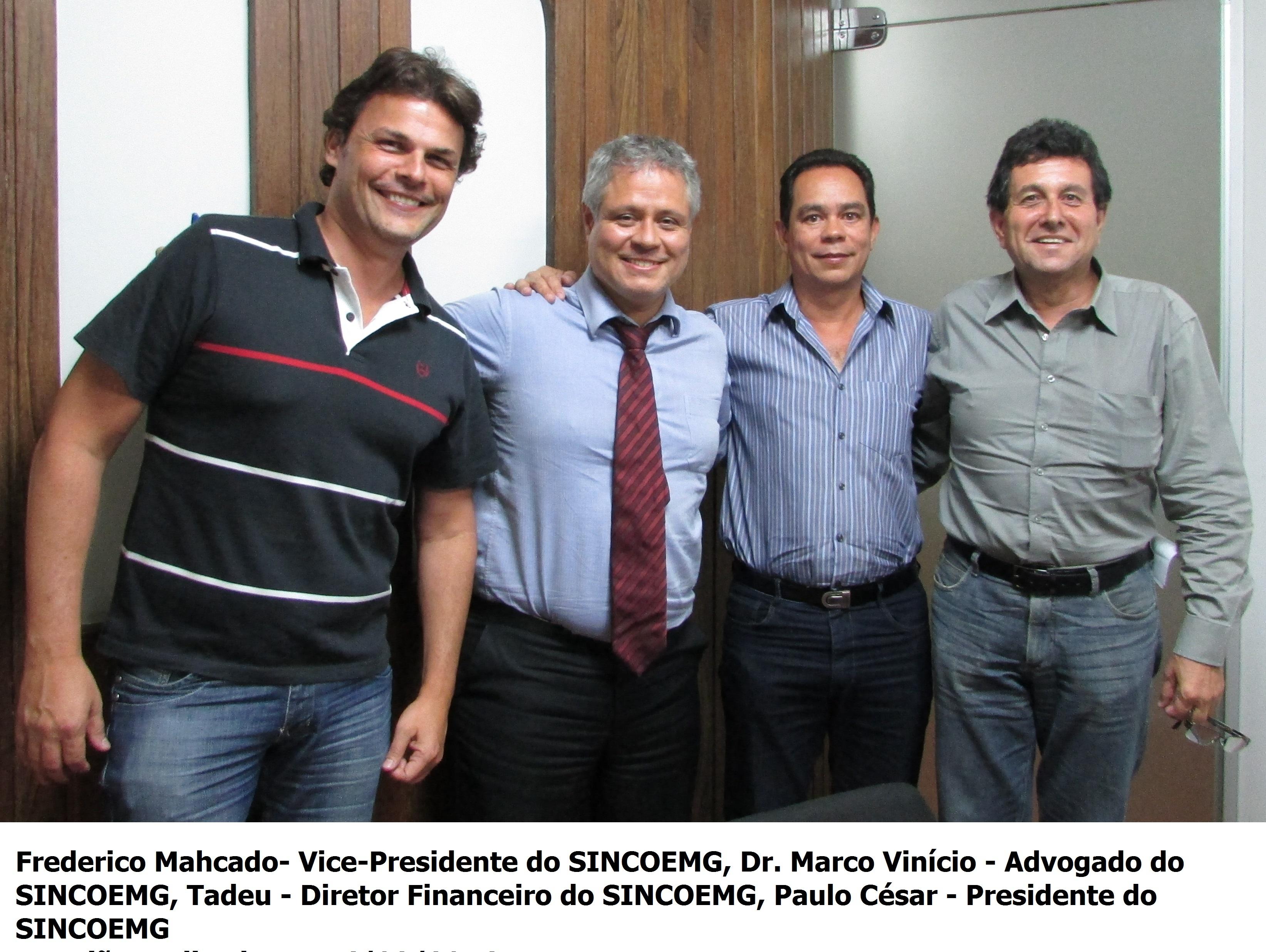 DIRETORIA DO SINCOEMG E DR. MARCO.jpg